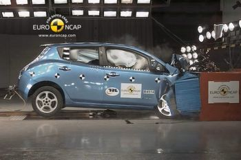 Nissan_Leaf_crash_test